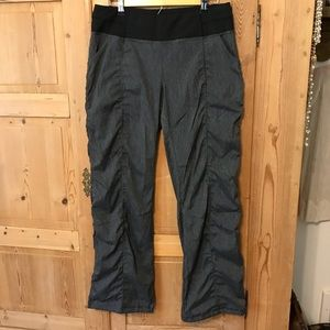 Lucy get going pant heather black grey blue